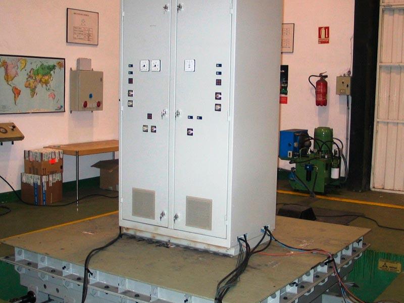 (Español) Equipos ensayados en laboratorio de vibraciones y choques