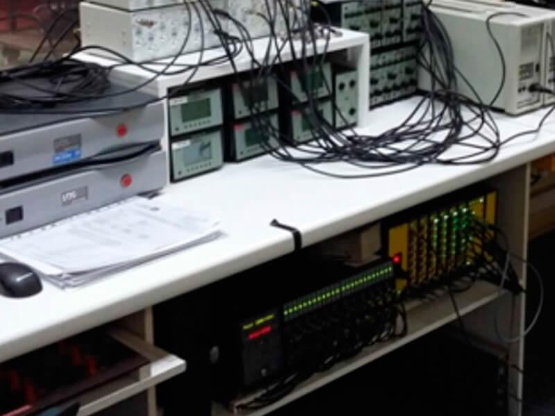 (Español) Instrumentación laboratorio de test de vibraciones y choques